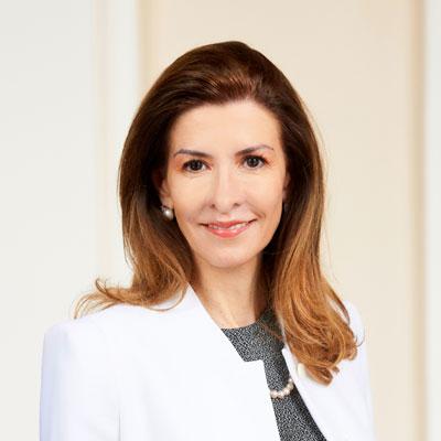 Lic.  Adriana San Roman