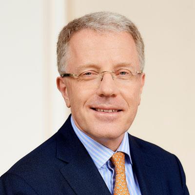 Dr. Herfried Wóss
